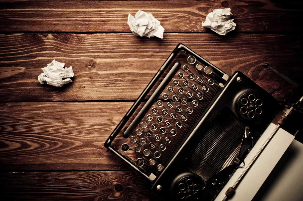 writing typewriter
