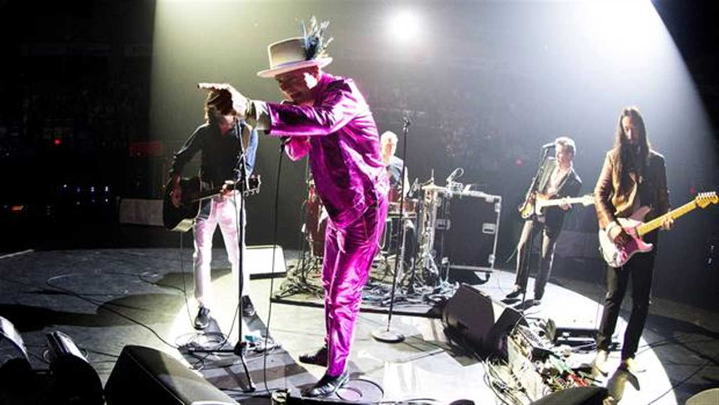 GORD DOWNIE: THE LOOKAHEAD