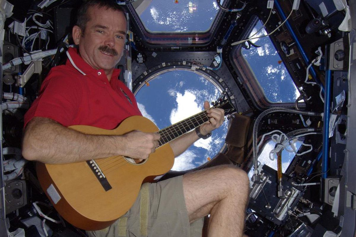 THE SKY IS NOT THE LIMIT: CHRIS HADFIELD